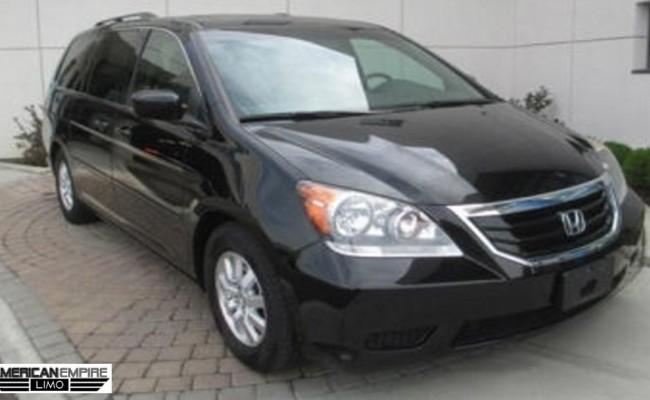Honda-Minivan-Odyssey-2010-Black-7-passengers-lg1