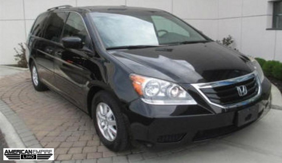 Honda Minivan Odyssey 2010 Black 7 passengers lg1 Honda Minivan Odyssey