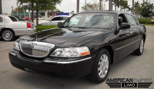 Lincoln Town Car Sedan Limo